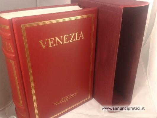 ''Venezia'' Treccani - I luoghi dell' arte