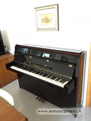 Pianoforte YAMAHA c 108 semi nuovo