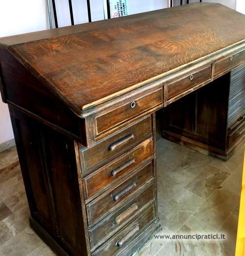 Vendo mobili ufficio primi anni '900.