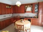 Cucina in legno massello color ciliegio