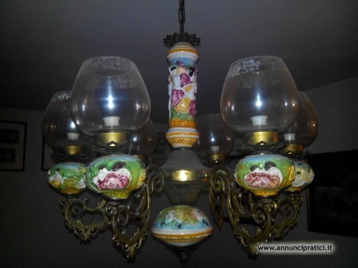 Vendo Lampadario in ceramica lavorata