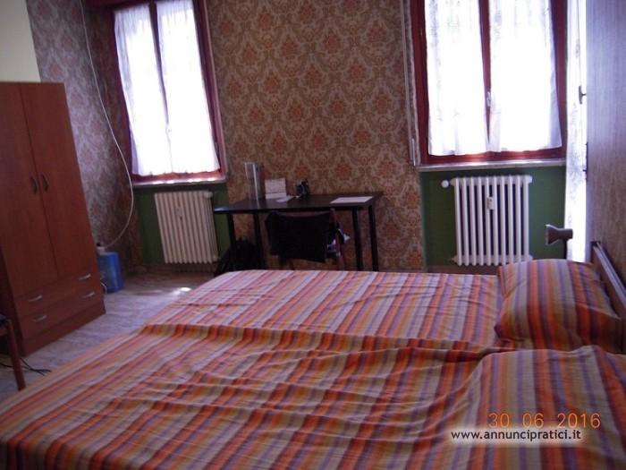 Camera GRANDE e BELLA a 50 mt. da MM1 rossa PERO