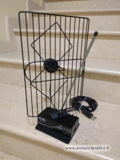 Vendo ANTENNA X TV DA INTERNO POLIOPTO UHF-VHF;