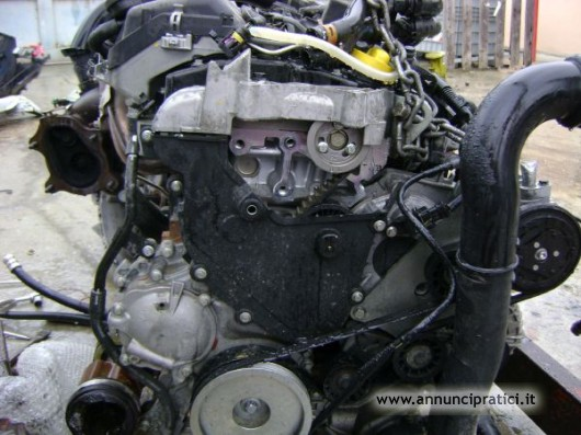 vendita motore renault master 2.5dci