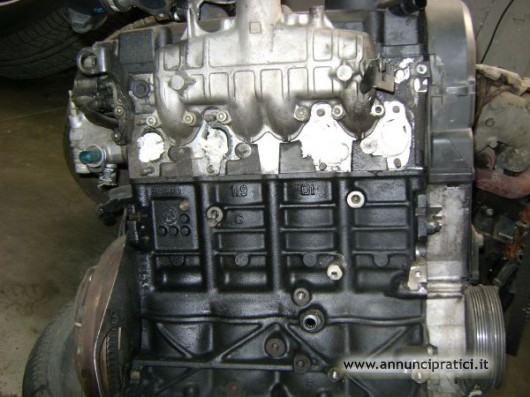 vendita motore vw passat 1.9 tdi